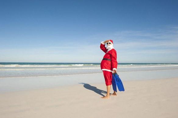 kerstman op het strand in Australië